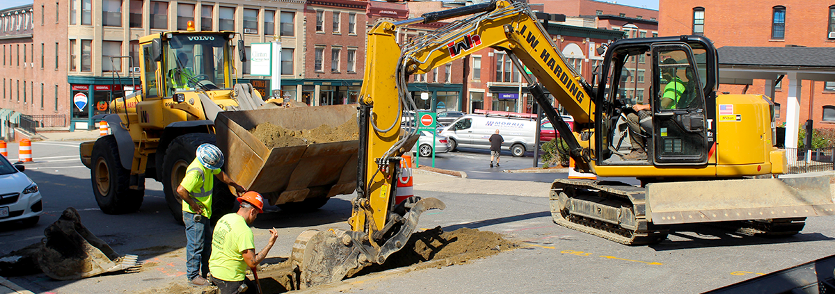 Week of September 28, 2020 – Spot excavation of sample pits on High Street